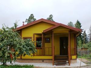 Одноэтажный каркасный дом в Красносельском районе Санкт-Петербурга, пос. Виллози