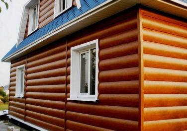 Отделка фасада каркасного дома блокхаусом