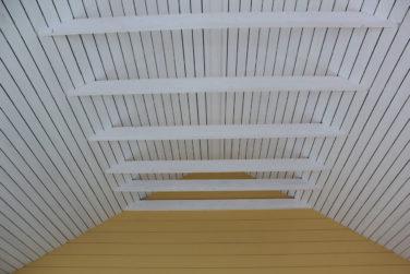 Каркасный дом в пос. Лосево - потолок веранды